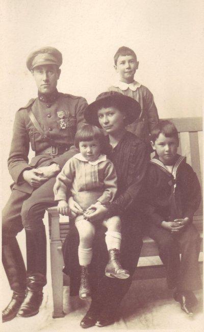19180000 ca Robert de Wilde Jr et sa famille